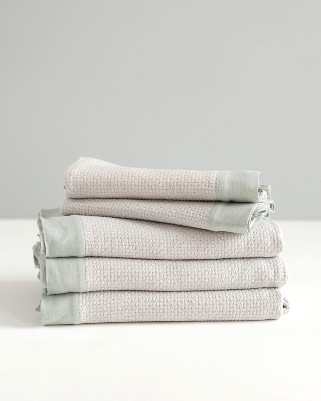 Mungo - Interlace Towel - Stone - Stack