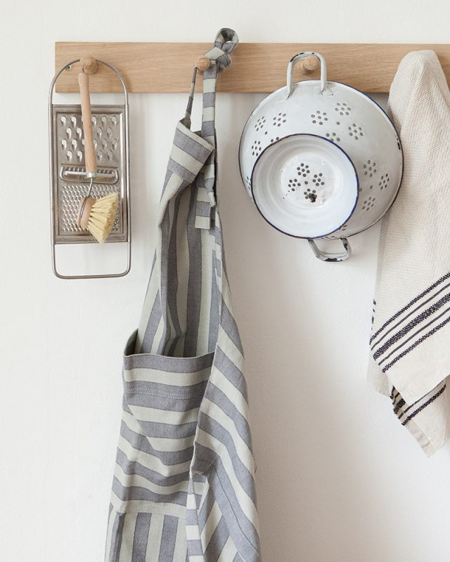 The Mungo butcher stripe apron is a useful addition to any kitchen