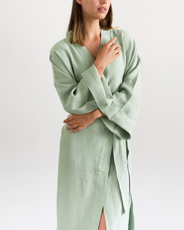 Mungo Linen Kimono Gown in Verdite. Light, breathable linen gowns designed, woven & made at the Mungo Mill in Plettenberg Bay