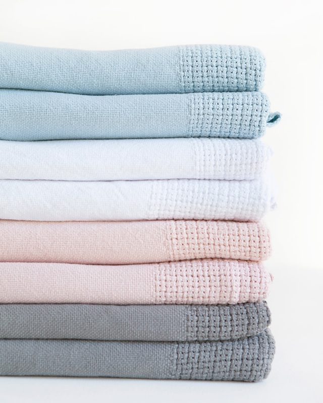 Mungo Organic Cotton Cellular Baby Blanket. Light, breathable and warm for baby. Woven in Plettenberg Bay at the Mungo Mill. Free delivery