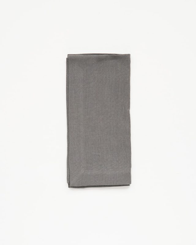 The pure linen Fumo Grey napkins are woven from Italian grown linen yarn at the Mungo Mill in Plettenberg Bay