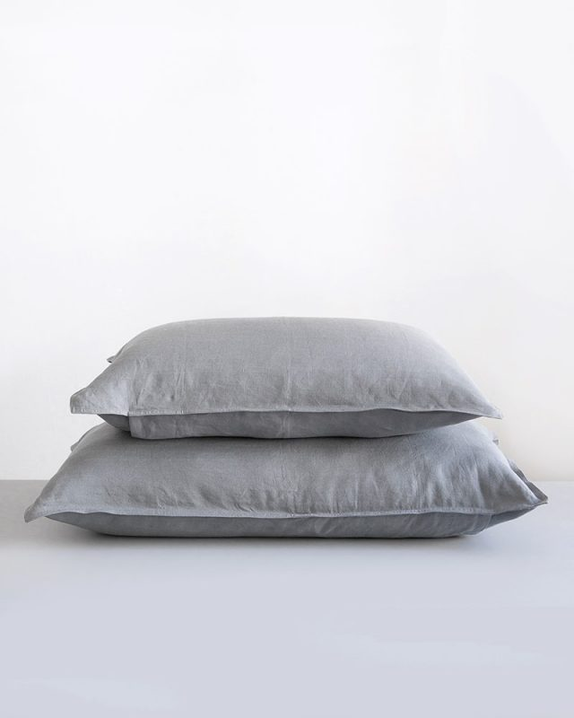 Kamma Linen in Fumo Grey 100% linen pillow cases woven at the Mungo Mill in Plettenberg Bay