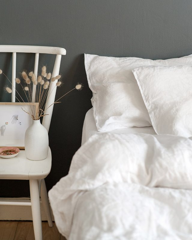 Crisp white Kamma Linen bedding with a washed linen look