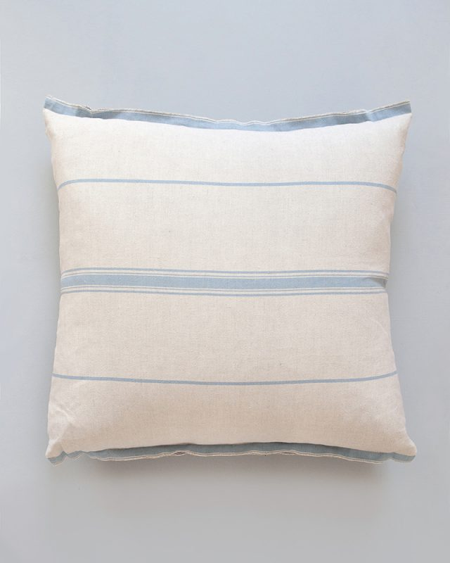 Mungo-Lisburn-Linen-Cushion-03