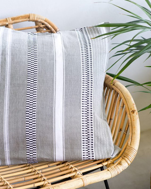 Mungo Mali cushion covers are 100% cotton. Available in 3 bright colourways. Made in SA