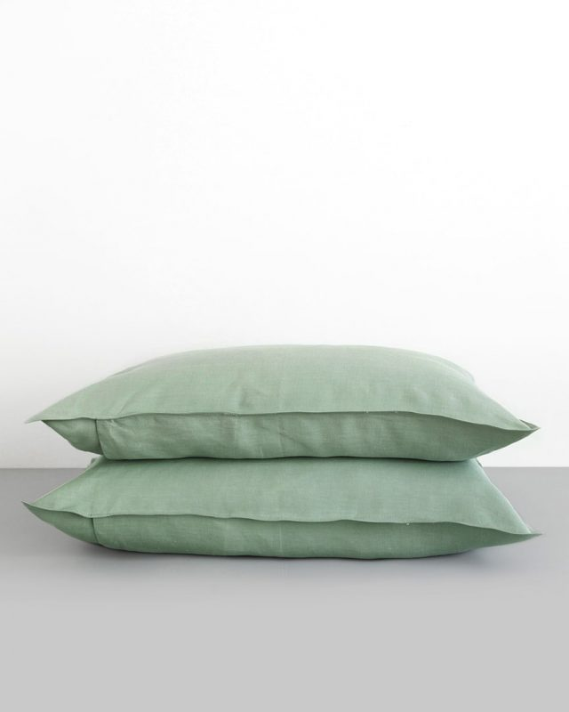 Mungo Kamma linen, shown here our pillowcases in the verdite colourway.