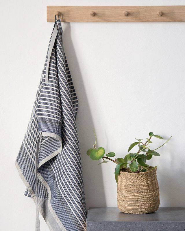 The Mungo Man Cloth in Manly Blue comes with a sewn in loop for easy hanging