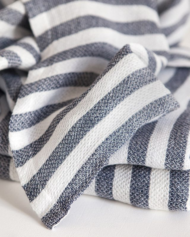 Mungo weave of 100% linen white and navy stripe dhow towel