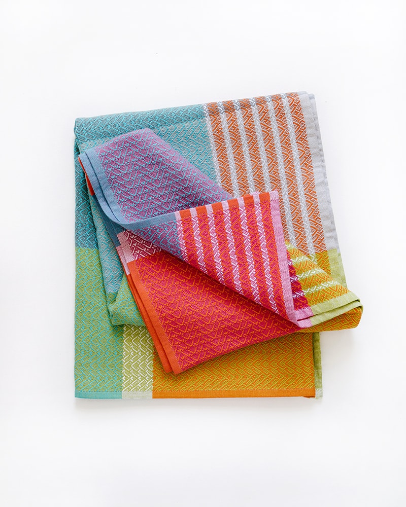 Mungo Folly Towel in Fiddler Crab. Made in South Africa