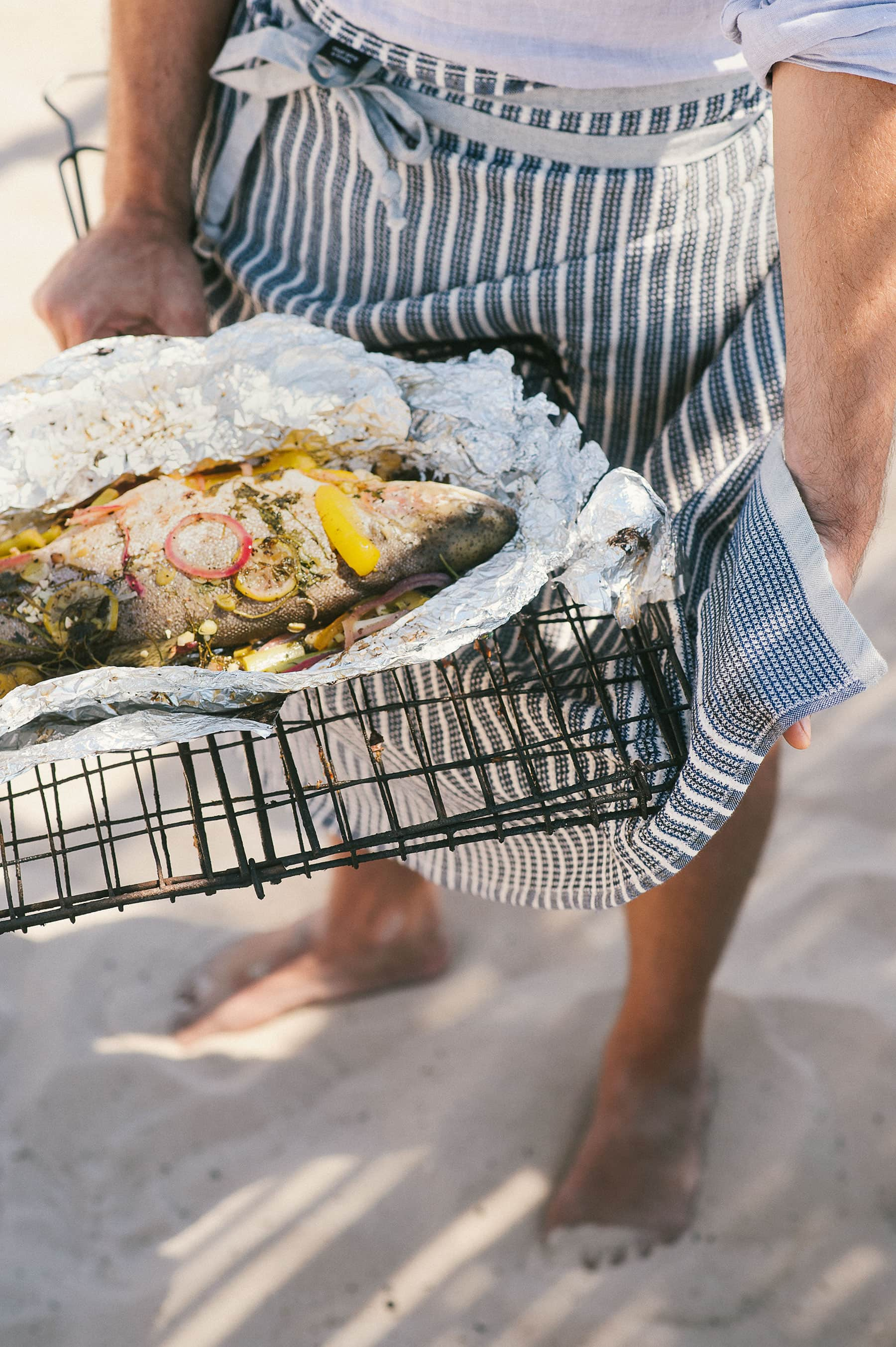 Mungo Fish braai with the manly wrap around mungo man cloth apron
