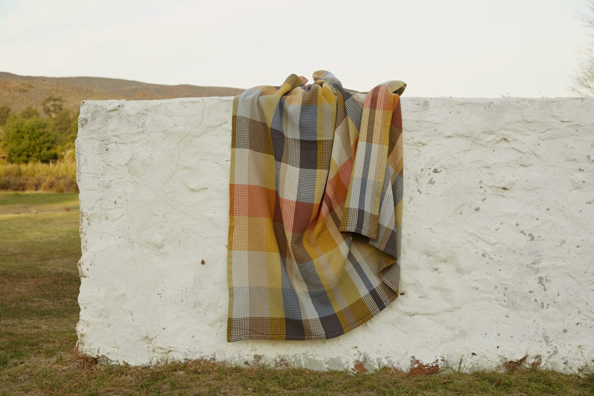 Mungo tamarind Vrou-Vrou blanket. Made in South Africa