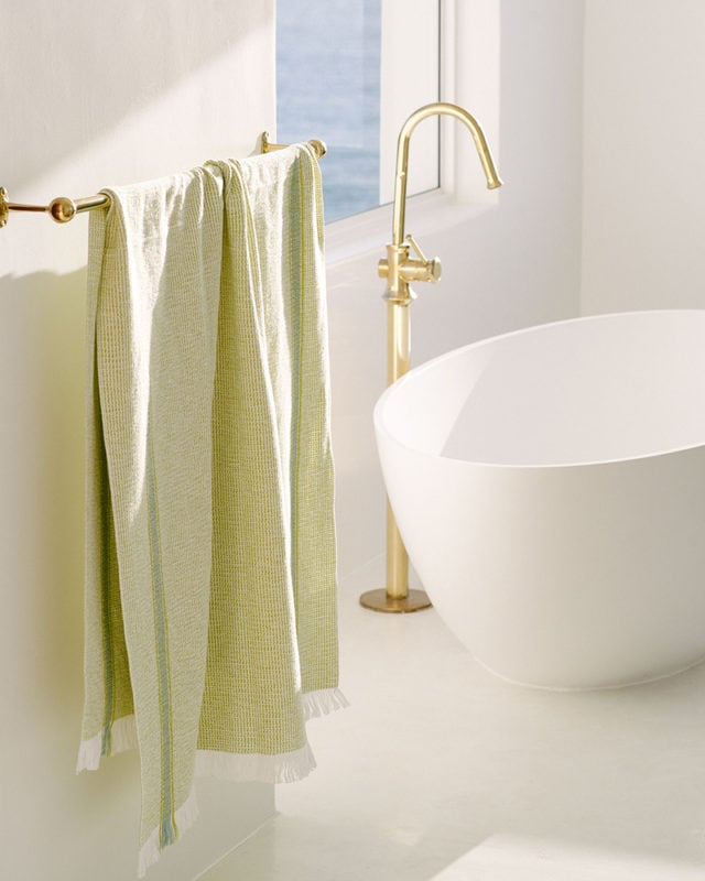 Mungo Summer Towel in Lemon. Bath & beach towels woven from natural fibres in South Africa