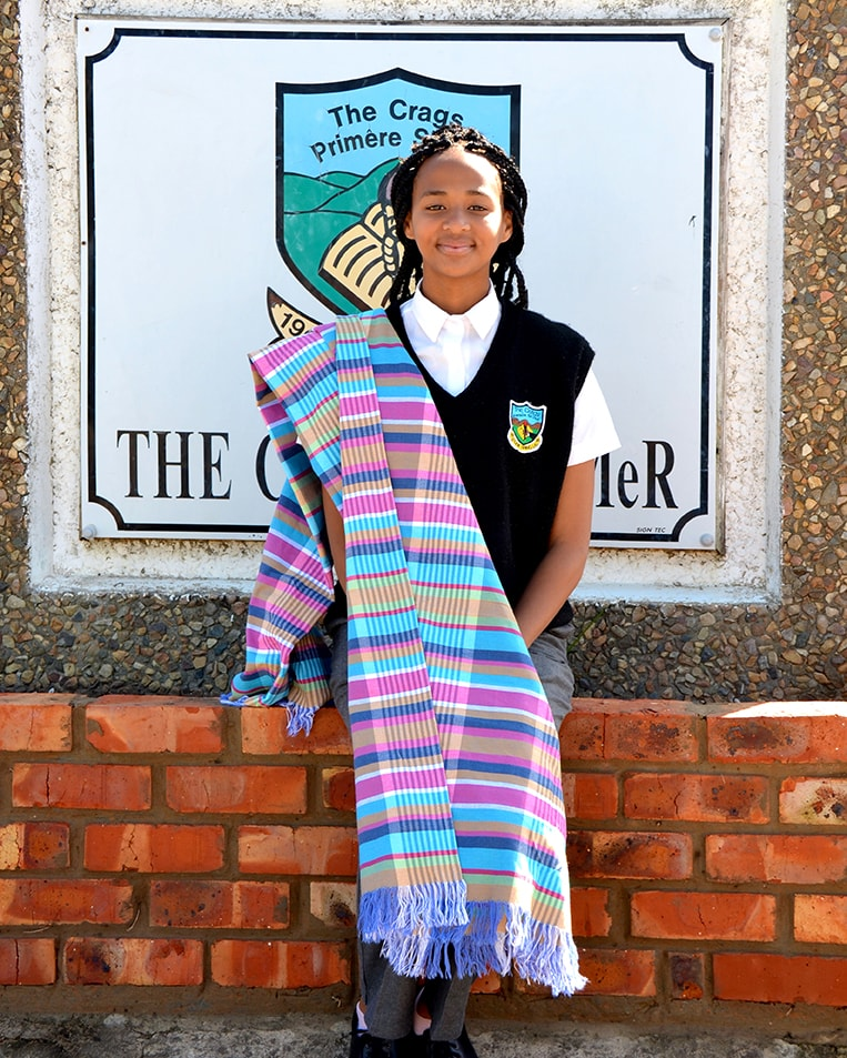 Alwynia Simson of the Crags Primary School in Plettenberg Bay with the 'Mungo Moon' kikoi