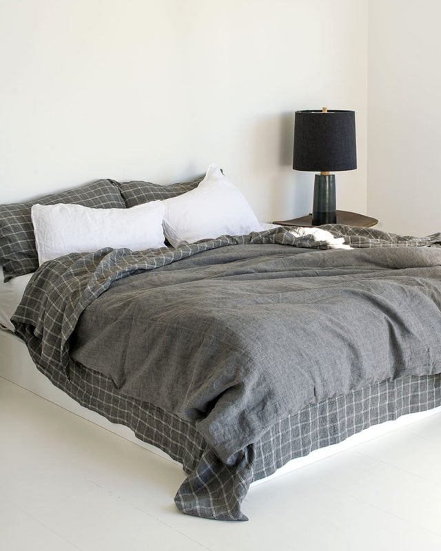 Mungo Melange Kamma Linen Bedding. 100% Italian spun linen woven at the Mungo Mill in South Africa