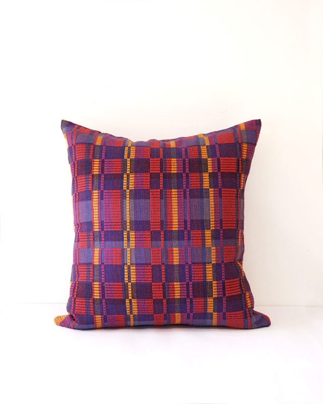 Mungo Vimba Cushion Cover in Uvongo. Colourful cotton scatter cushions with a striking block print. Woven at the Mungo Mill in Plettenberg Bay